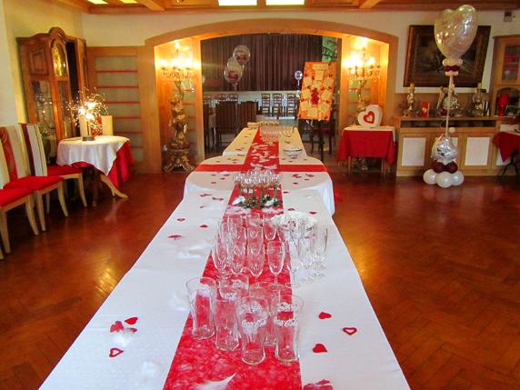 banquet grande table
